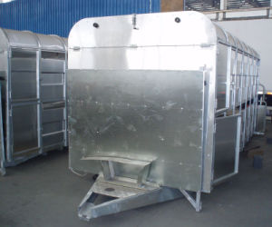 The Side Small Door of Livestock Trailer (GW-LT14) pictures & photos