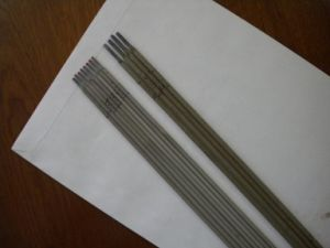 Welding Consumables/Welding Wire/Welding Electrodes E6013 E7016 E7018 pictures & photos