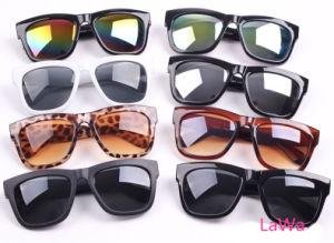 Unisex Stylish Fashion Sunglasses Lm312