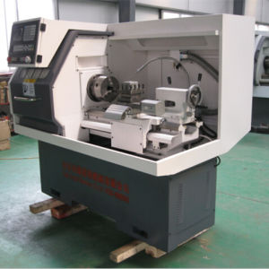 CNC Lathe Machine Small Lathe Machine Price Ck6132A pictures & photos