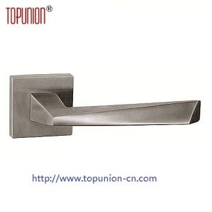 Ss304 Solid Casting Lever Handle (CLH035) pictures & photos