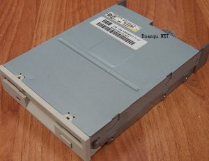 Teac Teac-Fd235hs-915 3.5inch Floppy Diskette Drive SCSI Floppy Disk Drive