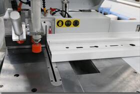 CNC Aluminum Window Door Heavy Duty Double Head Cutting Saw pictures & photos