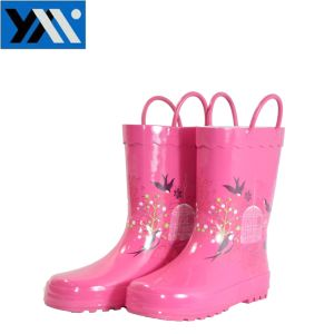 Pink Kids Rubber Rain Boots with Eye Rings pictures & photos