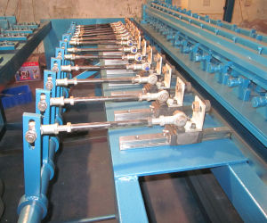 Direct Factory Grassland Fence Braiding Machine Cy-B pictures & photos