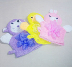 New Design High Quality New Product Baby Bath Glove pictures & photos