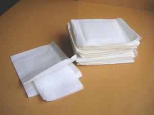 Disposable Sterile Cotton Gauze Swab pictures & photos