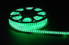 5050SMD 110V 72PS Per Meter LED Light LED UL Strip Light pictures & photos