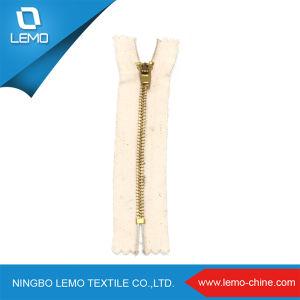 Gold Zipper 3# Metal Zipper for Garment pictures & photos