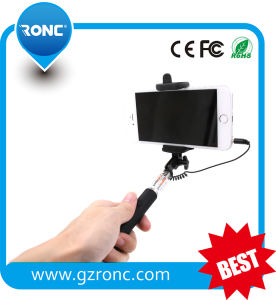2015 Cheap Handheld Monopod Cable Take Pole Selfie Stick pictures & photos