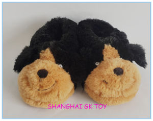 Plush Winter Slipper Black Dog Indoor Shoes pictures & photos