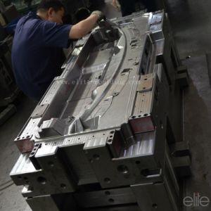 Big Plastic Injection Auto Part Mould