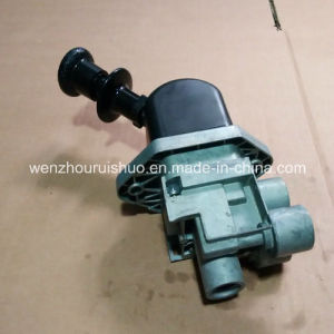 9617230280 Hand Brake Valve Use for Mercedes Benz pictures & photos