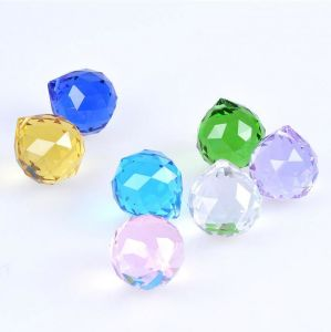 Top Quality Faceted Decoration 60mm Crystal Ball pictures & photos