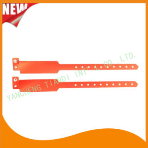 Professional Entertainment Custom Disposable Plastic ID Wristbands Bracelet Bands (E8020-43) pictures & photos