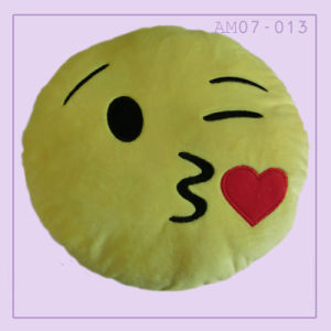 Plush Emoji Stuffed Pillow Cushion with Kiss pictures & photos