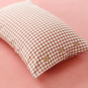 Factory Sale Satin Red Comforter Set Queen for Resort pictures & photos
