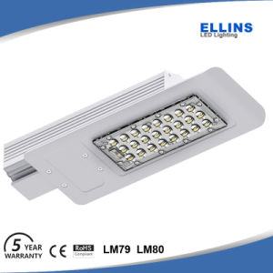 High Lumen LED Streetlight 5 Year Warranty pictures & photos