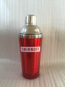 2017 High Quality Stainless Steel Cocktail Shaker, Pantone Color Plastic& Stainless Steel Materil pictures & photos