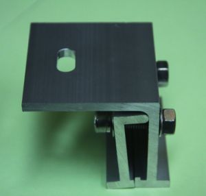 Factory OEM Solar PV Mounting Kits for Metallic Roof pictures & photos