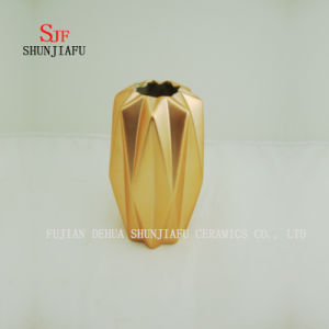 New Creative Electroplating Porcelain Ceramic Vase with Gold Ornaments Crafts pictures & photos