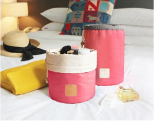2017 Various Color Foldable Barrel Shaped Travel Cosmetic Bag (BDY-1706007) pictures & photos