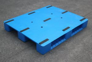 1200*1000*150mm Flat Heavy Duty Rackable Plastic Pallet HDPE Plastic Tray with 3 Runners (ZG-1210 flat) pictures & photos