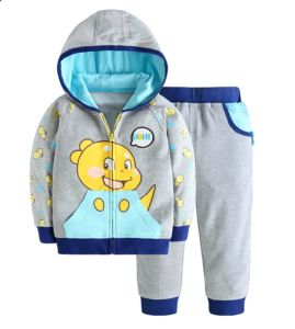 Top Sell Kid′s Fashion Outdoor Suit with Hood pictures & photos