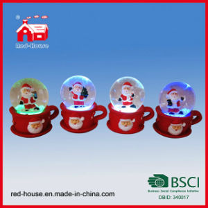 Wholesale Polyresin LED Snow Globe Christmas Santa Claus Snow Globe on Cup Base