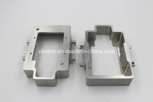 Precise Metal Carbon Steel / Tin / Turning / Milling Machinery Parts pictures & photos