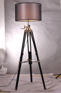 Modern Tri-Pod Height Adjustable Fabric Shade Floor Lamp pictures & photos