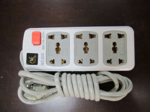 Electric Extension Socket No. 203 with 3 Outlets pictures & photos