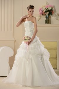 Free Shipping 2013 New Fashion a Line Strapless Floor Length Sweep/Brush Train Bubble Appliques Beaded Organza Wedding Dresses