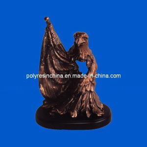 Polyresin Golden Bronze Eagle Statue Souvenir pictures & photos