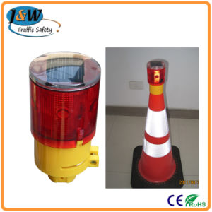 High Quality and Durable Solar Warning Light with CE Certificate pictures & photos