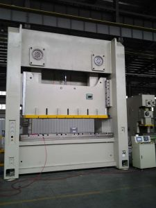 400 Ton Hydraulic Press Machine with PLC, Hydraulic Overload Protector and Wet Clutch