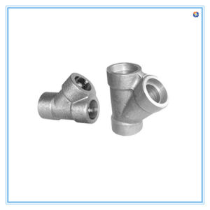 Custom 90 Degree Malleable Iron Pipe Fitting by Sand Casting pictures & photos