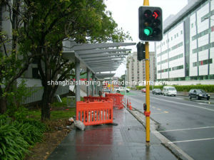Steel Fabrication Metro Bus Station Shelter pictures & photos