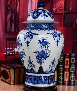 Jingdezhen Ancient Porcelain Decoration Vase for Collecting