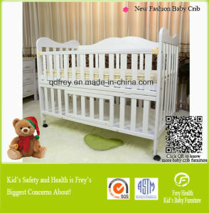 Hot Sale Solid Pine Wood Baby Furniture of Crib pictures & photos
