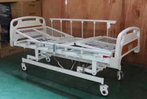 CE Certificate Electric Three Functions Hospital Bed (SK-EB108) pictures & photos