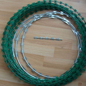 Bto-22 Razor Wire / Barbed Tape / Concertina Wire / Dannert Wire pictures & photos