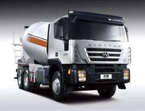 Saic-Iveco Genlyon 6X4 380HP Concrete Mixer Truck pictures & photos