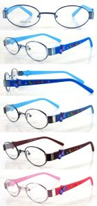 Stainless Steel Kid′s Optical Frame With Rubber Temple (OMK120048) pictures & photos