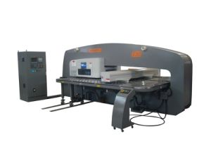 T30 CNC Turret Punching/Punch Machine pictures & photos