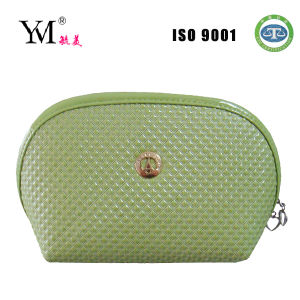 2014 High Quality Beauty Shell Cosmetic Bag pictures & photos