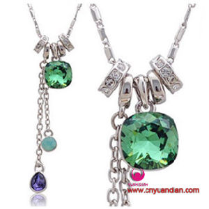 High Quality Glass Stone Metal Charms Jewelry Necklace Pendant