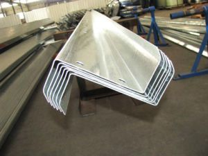 Z Shaped Channel Steel of Cold Formed Steel Sections pictures & photos