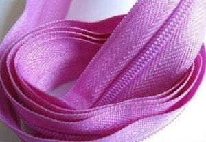 Colored Polyester Long Chain pictures & photos