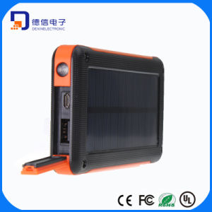 6600mAh Factory OEM Portable Solar Power Bank pictures & photos